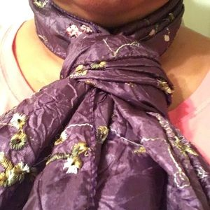 scarf color purple